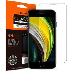 Spigen GLAStR Screenprotector iPhone SE (2020) / 8 / 7