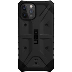 UAG Pathfinder Backcover iPhone 12 (Pro) - Zwart