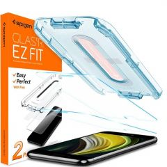 Spigen GLAStR Screenprotector + Applicator iPhone SE (2020) / 8 / 7
